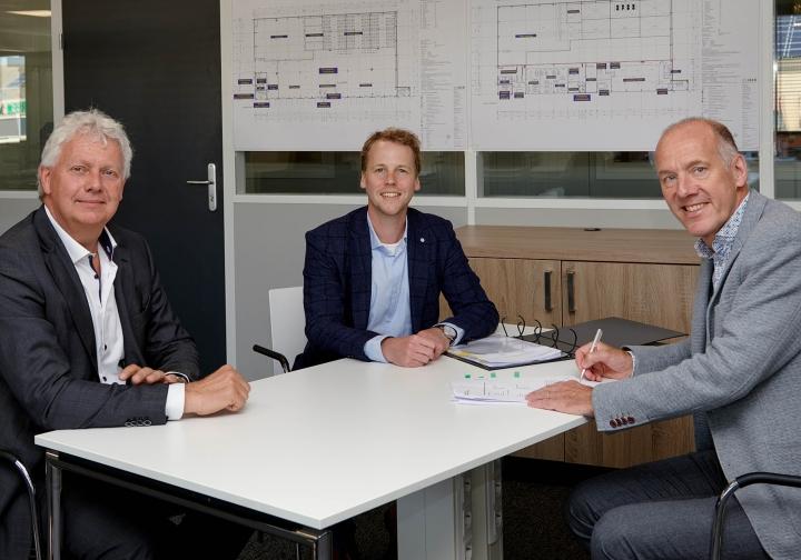 Mansveld Elektrotechniek en Nature's Pride tekenen overeenkomst voor uitbreiding bedrijfspand